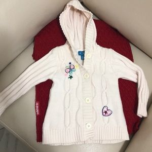 SALE🎉Girl knit hoodie sweater. Size 24 Months